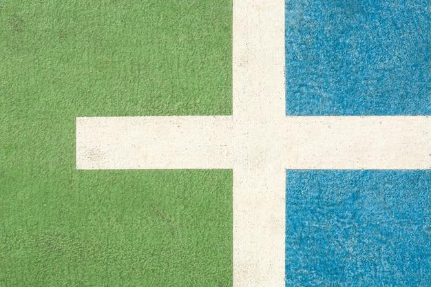 Linie und muster des grünen und blauen basketballplatzes