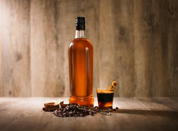Liquor rum cafe destillery vidrio