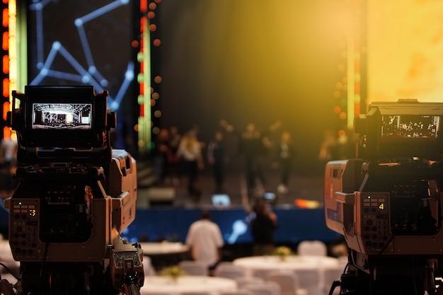 Live-aufzeichnung des sozialen netzwerks der videoproduktionskamera auf dem bühnenereignis