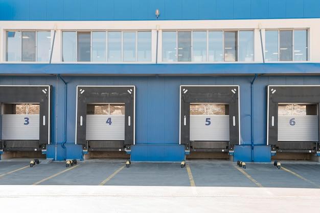 Logistik-center-konzept mit lagereinheiten