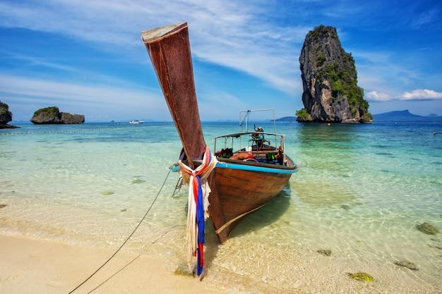 Longtail-boot am berühmten sonnigen long beach