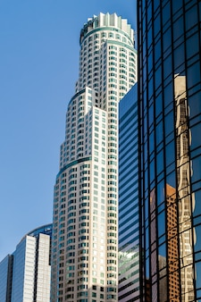 Los angeles, kalifornien/usa - 28. juli: wolkenkratzer im financial district von los angeles kalifornien am 28. juli 2011
