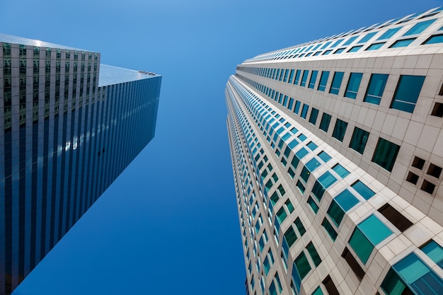 Los angeles, kalifornien, usa - 28. juli: wolkenkratzer im financial district von los angeles kalifornien am 28. juli 2011
