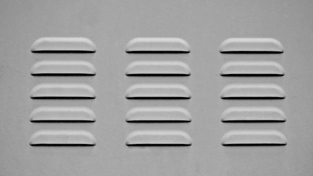 Lüftungsgitter aus metall - einfarbig