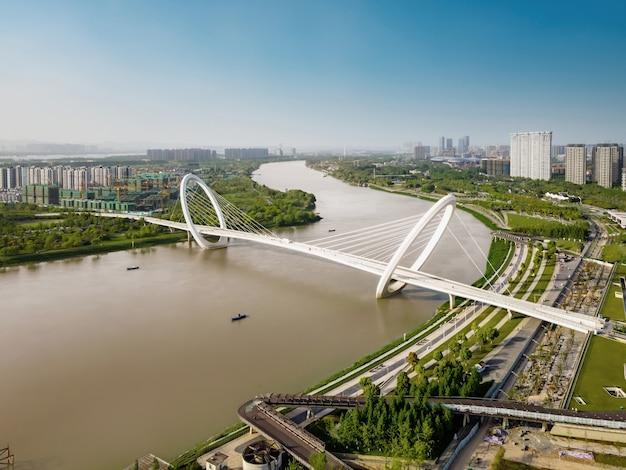Luftaufnahme der architektonischen landschaft des hexi central business district in nanjing