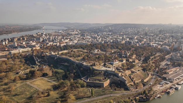 Luftaufnahme der festung kalemegdan in belgrad