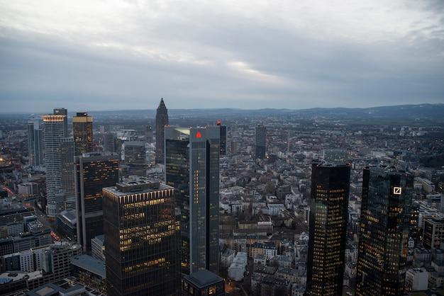 Luftaufnahme der stadt frankfurt am main in deutschland