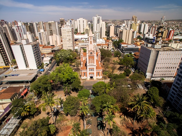 Luftaufnahme der stadt ribeirao preto in sao paulo, brasilien