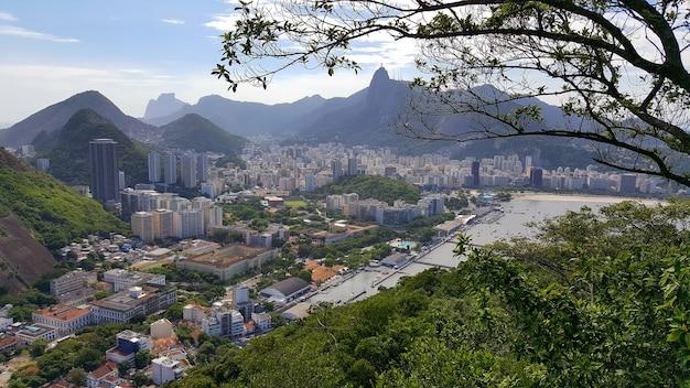 Luftaufnahme der stadt rio de janeiro brasilien.