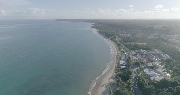 Luftaufnahme der strände von porto seguro, bahia, brasilien.