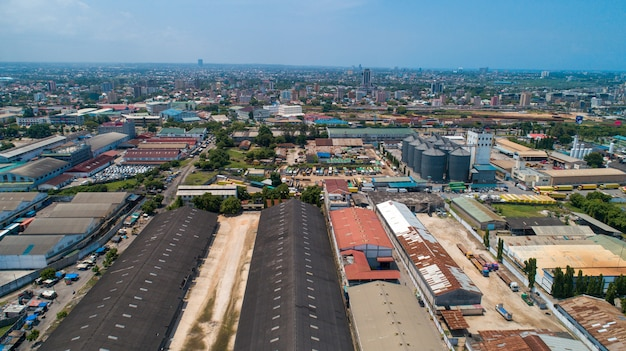 Luftaufnahme des industriegebiets in daressalam.
