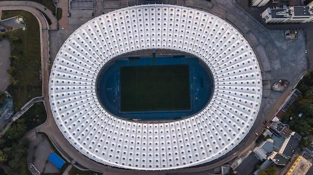 Luftaufnahme des stadions in kiew