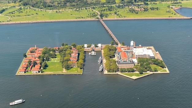 Luftaufnahme von ellis island, nyc.