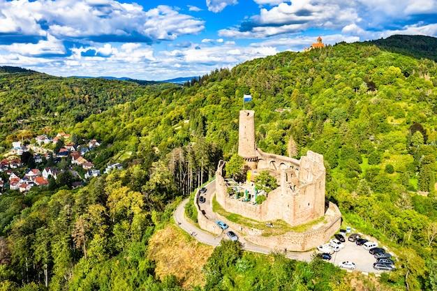 Luftaufnahme von schloss windeck in weinheim - baden-württemberg, deutschland