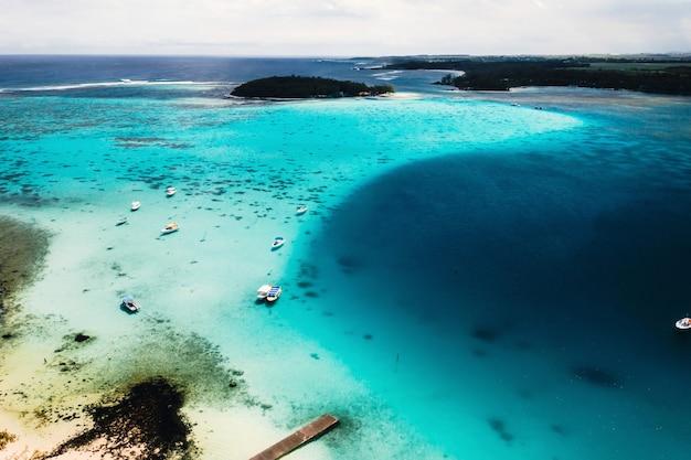 Luftaufnahmen der ostküste der insel mauritius