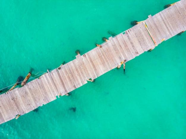 Luftbild von pier