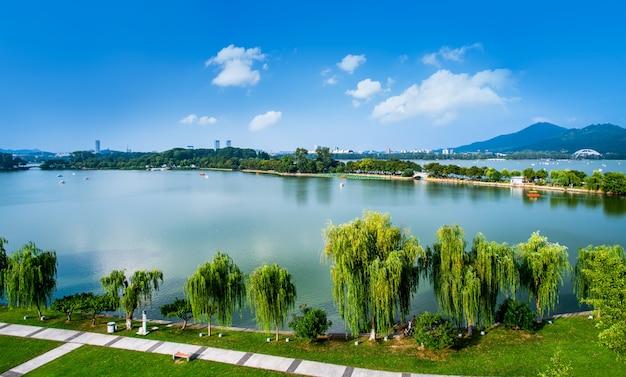 Luftbildpanorama des nanjing xuanwu lake park