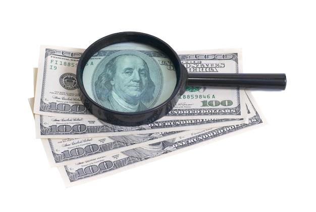 Lupe mit dollar isoliert