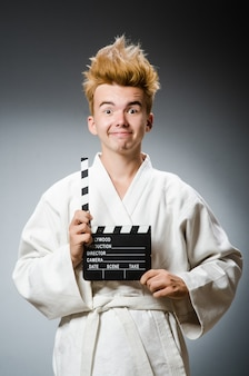 Lustiger karatekämpfer