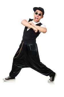 Lustiges tanzen des jungen mannes getrennt auf weiß