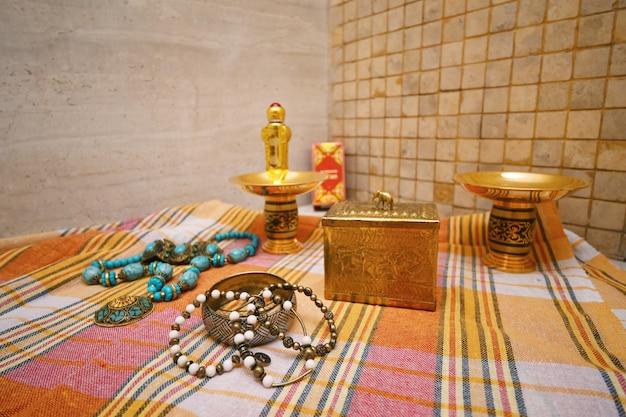 Luxuriöses hamam-dekor im türkischen bad