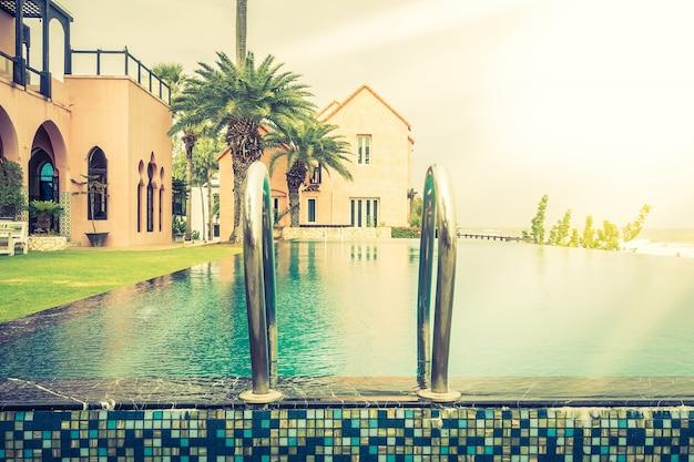 Luxus draußen klar nass gesund
