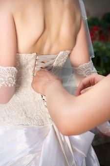 Luxus korsett weiße brautjungfernkleider