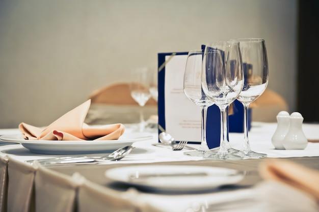 Luxusgedecke für feines essen