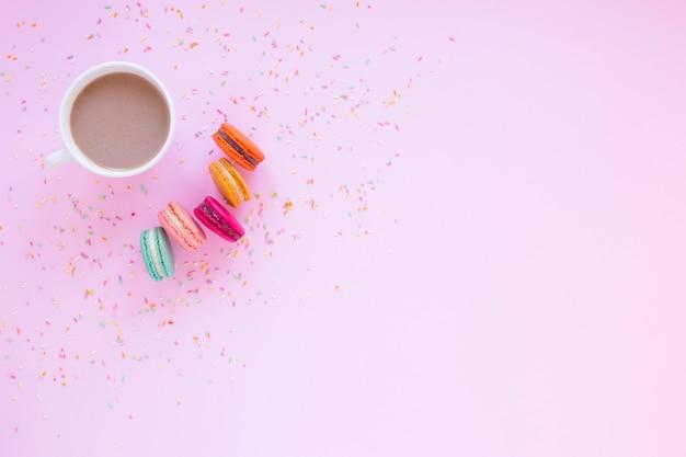 Macarons und schokolade