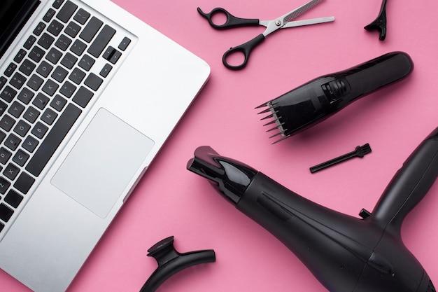 Macbook und haarausrüstung