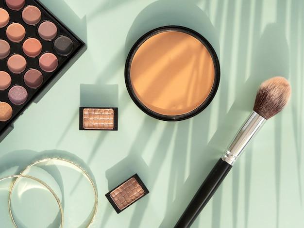 Machen sie schönheitskosmetikprodukte