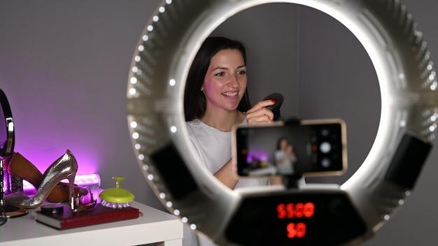 Mädchen blogger macht lifestyle-video