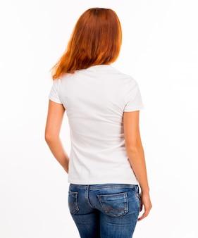 Mädchen im weißen t-shirt