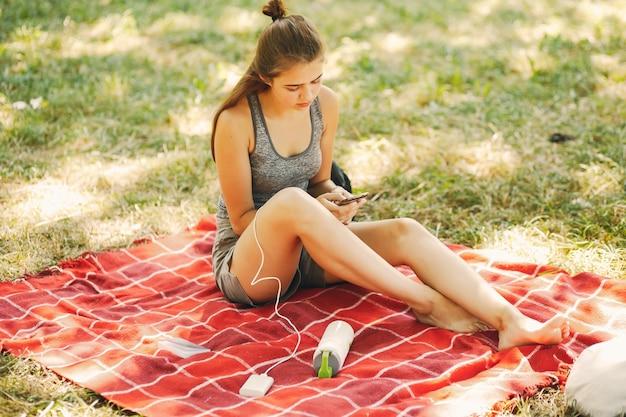Mädchen in einem park