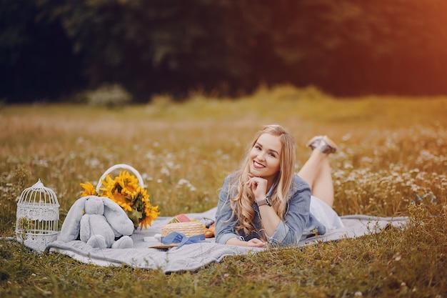 Mädchen mit sonnenblumen