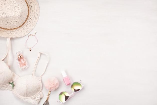 Mädchen-sommer-stil in pastellfarben