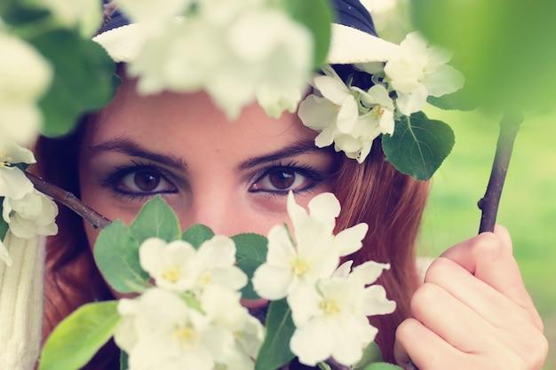 Mädchenauge in zweigbaumblume