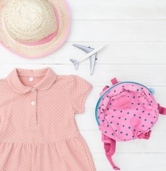 Mädchenreise mode und accessoires in rosa