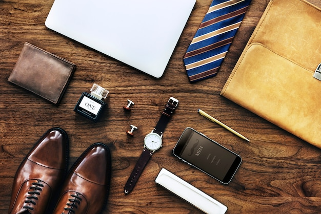 Männer-sammlung von dingen, die täglich verwendet werden