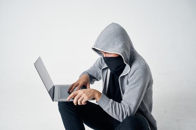 Männliche dieb kriminalität anonymität vorsicht sturmhaube lebensstil