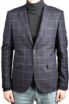 Männlicher karierter anzug der wolljacke in kombination mit jeans, isoliertes bild auf weißem hintergrund.
