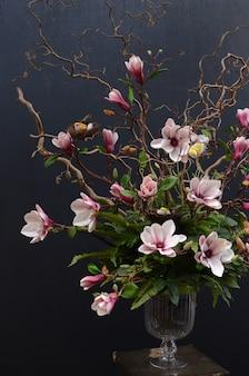 Magnolien-blumen-arrangement