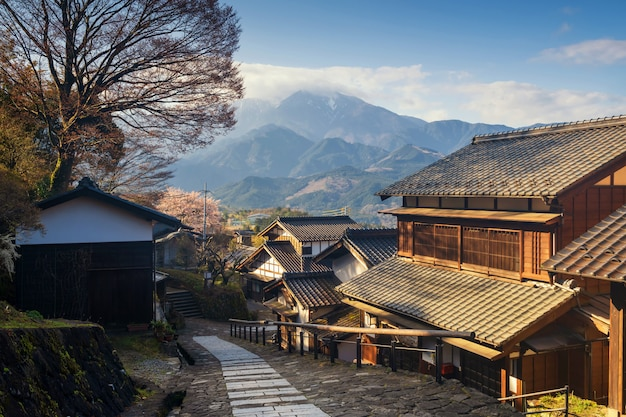 Magome juku konservierte stadt am sonnenaufgang, kiso