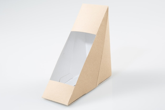 Mahlzeitpaket zum mitnehmen im dreieck