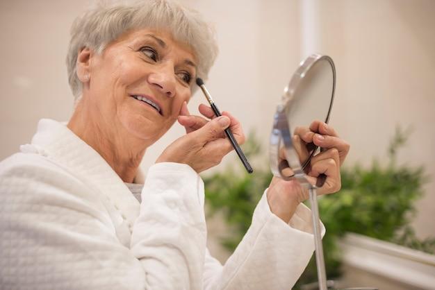 Make-up ist die beste freundin der frau