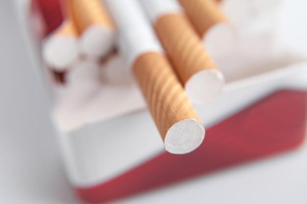 Makroansicht. zigaretten in packung
