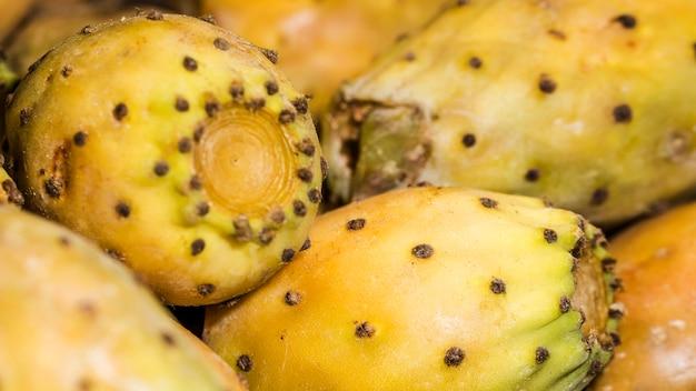 Makroschuß von frischen früchten im markt