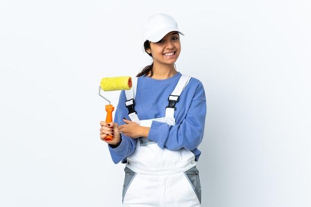 Malerfrau isoliert lachend