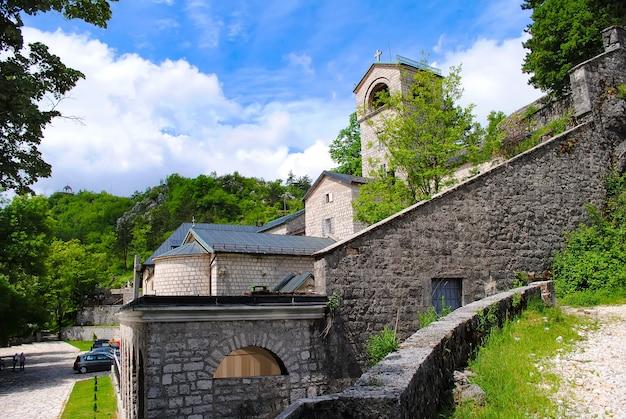 Malerische kirche in montenegro