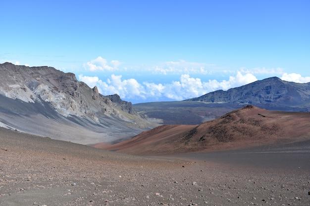 Malerische landschaft des vulkans east maui auf der hawaiianischen insel maui